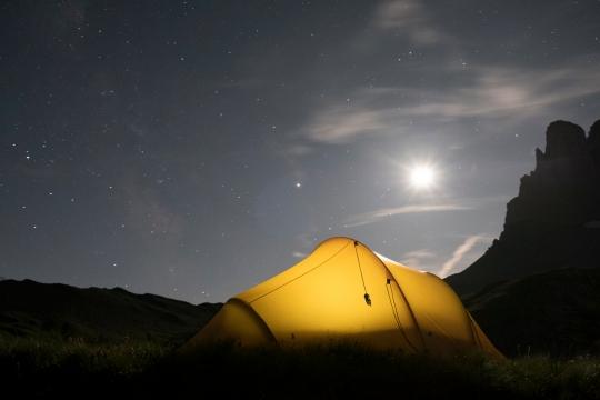 nuit sous tente bivouac