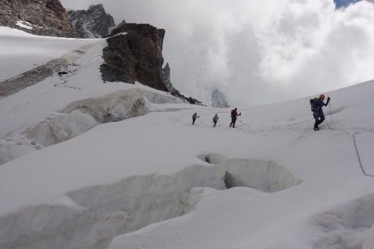 descente vers Monte Rosa Hutte